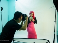 Behind the scene : Pink Beaute studio photoshoot by http://ezaniphoto.com